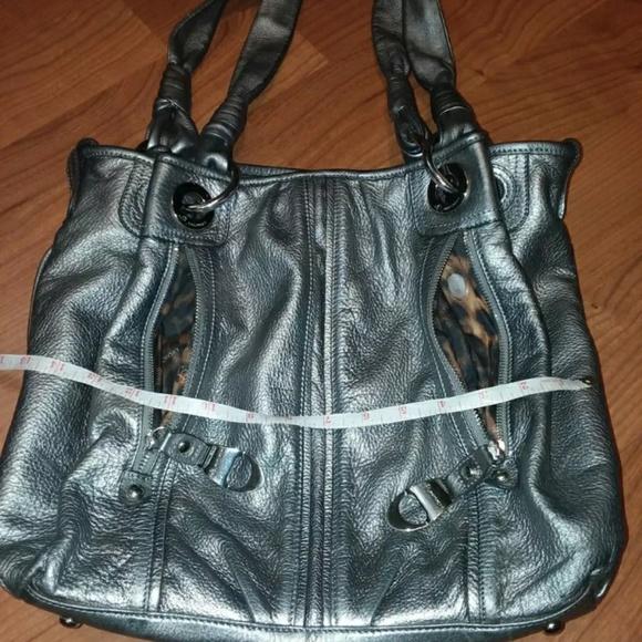 b. makowsky Handbags - B.Makowsky mettalic front zip pocket divider tote